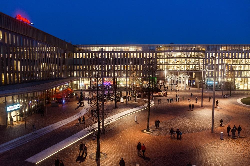 AMSTERDAM Hoekenrodeplein Copyright Ronne Vinkx Courtesy karres+brands fb