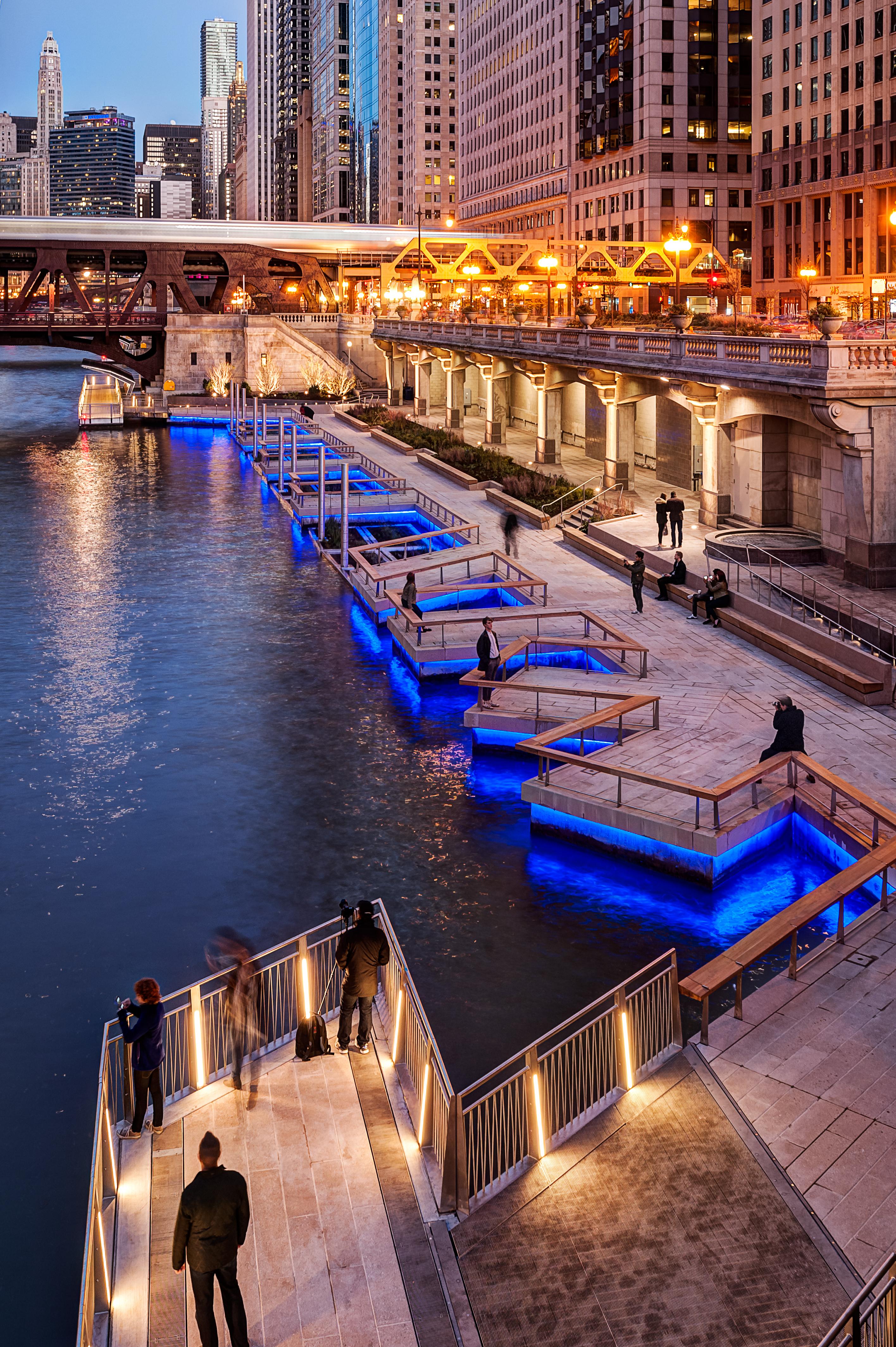 LUCI Chicago Riverwalk Cities & Lighting