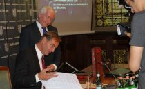 Leipzig signs LUCI Charter on Urban Lighting at PLUS Regional Forum