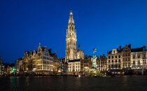 The City of Antwerp seeks to appoint a lighting designer for the Antwerp Central Station
