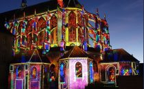 New light show on Saint-Pierre Church for Chartres en lumière festival 2020